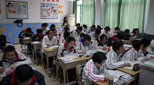 Etude chinois élèves chinois